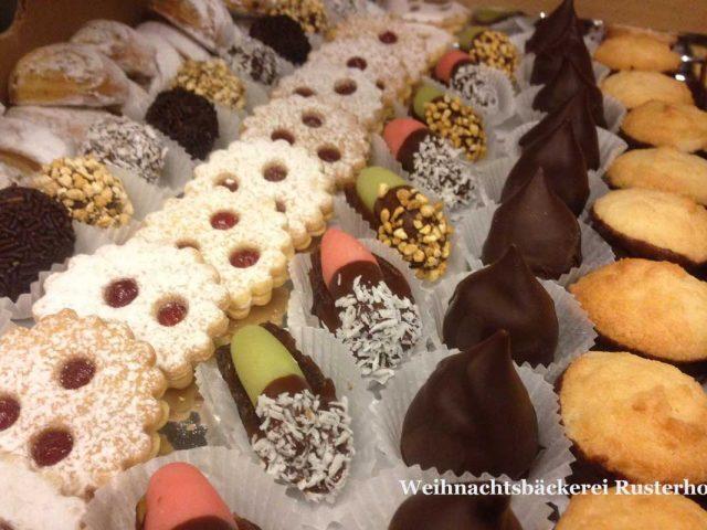 Weihnachtsbäckerei Rusterhof